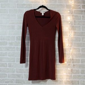 Body tight burgundy dress